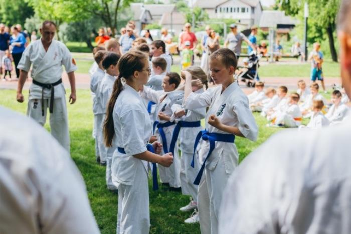 手押し相撲の練習方法
