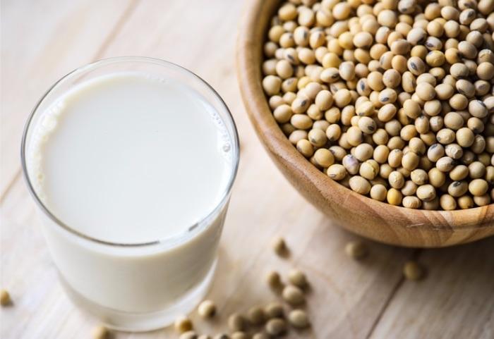 白い食材 豆乳