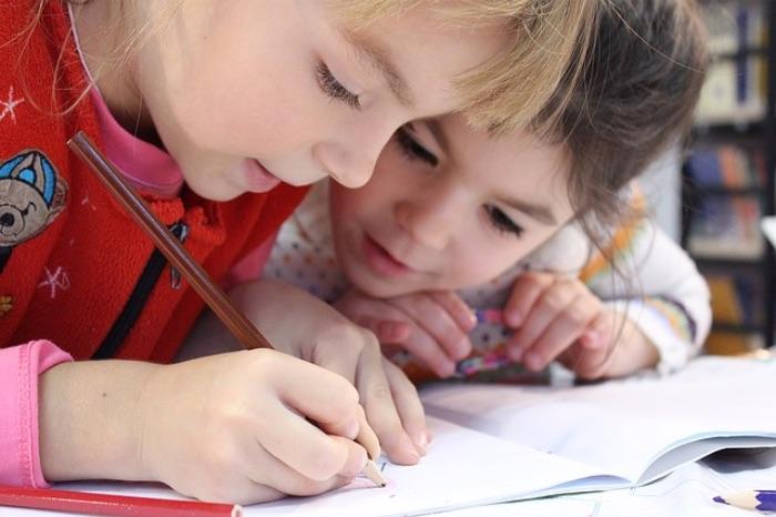 鉛筆をなめることで害はある?