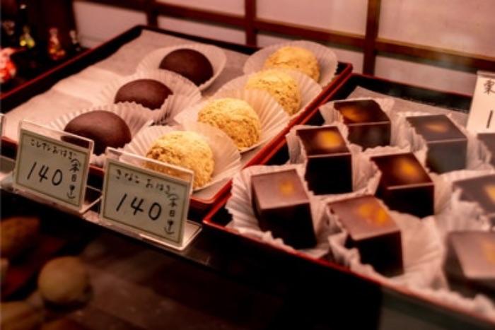 白い和菓子