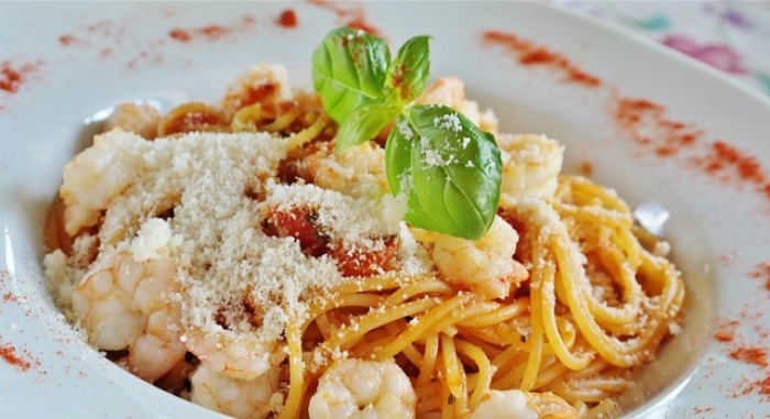 白い食べ物 パスタ